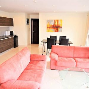2 Bedroom Apartment With Lagoon Pool, Park Lane Jomtien photos Exterior