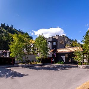 Red Wolf Lodge At Squaw Valley photos Exterior