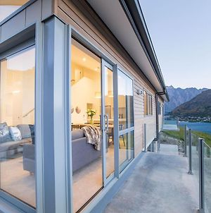 Bluewater Queenstown - Stunning Lake Views photos Exterior