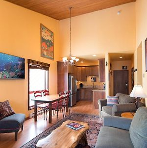 Casa De Pura Vida - 5 Star - Spring Ski Booking Up! Book Now photos Exterior