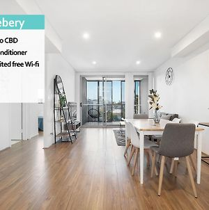 Rosebery 3 Bed Own Rooftop Terrace + Parking Nro791 photos Exterior