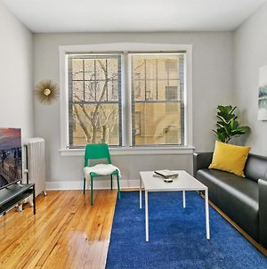 Central Location Lakeview 1Br Neat & Comfy photos Exterior