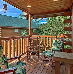 Cabin With Game Room Less Than 4Mi To Pigeon Forge Parkway! photos Exterior