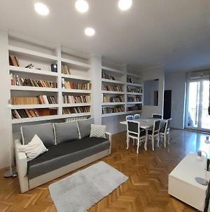 Apartment In City Center With Garage And 3 Bedrooms photos Exterior
