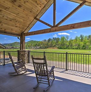 Townsend Condo With Pool And Great Smoky Mtn Views! photos Exterior