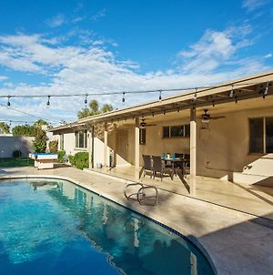 Old Town Scottsdale Home-Pool, Spa & Putting Green photos Exterior