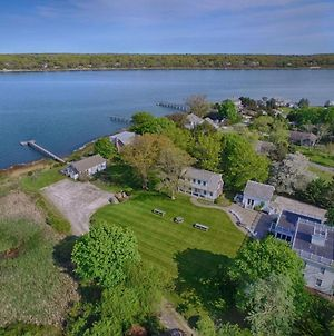 446 Waterfront Fun Awaits In This Huge Family Estate photos Exterior