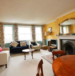 Typically English 2 Bedroom Apartment In Residential Area Near South Kensington photos Exterior