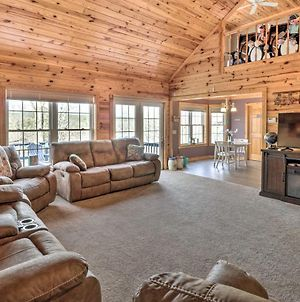 Lakefront Hot Springs Retreat With Deck & Boat Dock! photos Exterior