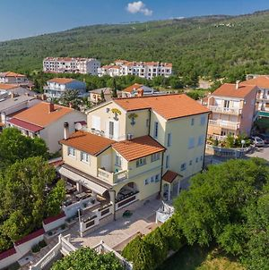 Apartments In Selce 34213 photos Exterior