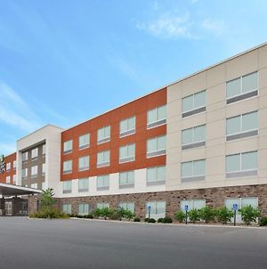 Holiday Inn Express & Suites - Parkersburg East, An Ihg Hotel photos Exterior