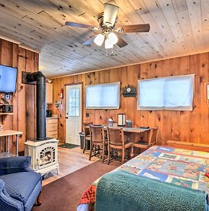 Charlevoix Cabin With Patio - Walk To Lake! photos Exterior