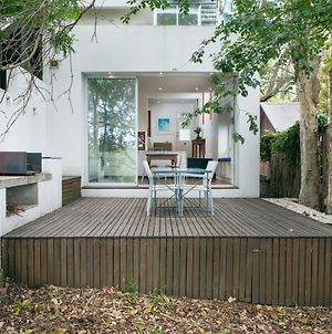 Chic Two-Storey Cottage With Darling Harbour Views photos Exterior