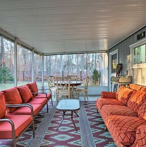 East Quogue Cottage W/ Sunroom, Steps To Bay! photos Exterior