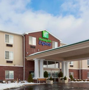 Holiday Inn Express & Suites Ashtabula-Geneva photos Exterior