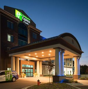 Holiday Inn Express & Suites Kansas City Airport, An Ihg Hotel photos Exterior