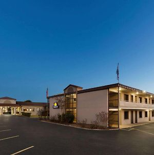 Days Inn By Wyndham Oak Ridge Knoxville photos Exterior