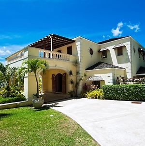 Exclusive Luxury Staffed Gated Resort 6 Bed Villa photos Exterior