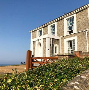 Mundesley Chateau Sleeps 12 With Wifi photos Exterior