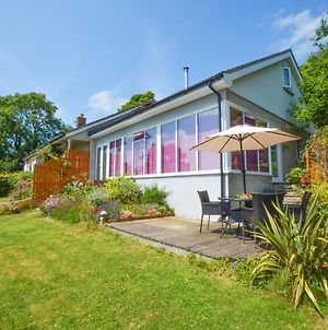 Peaceful Holiday Home In Saundersfoot With Garden photos Exterior