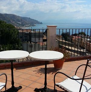 Tranquil Holiday Home In Taormina Near Isola Bella Sea Vr photos Exterior