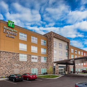 Holiday Inn Express & Suites - Rice Lake, An Ihg Hotel photos Exterior