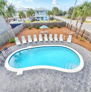New - 7 Bedroom 6 Ba, Private Pool/ Free Golf Cart Included! 3-5 Minute Walk To Beach! photos Exterior