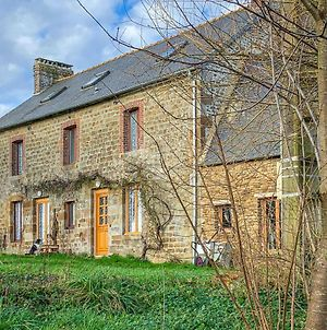 Stunning Home In Vauce W/ Wifi And 2 Bedrooms photos Exterior