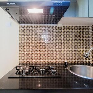 2Br Apartment At Cinere Bellevue With Access To Mall By Travelio photos Exterior