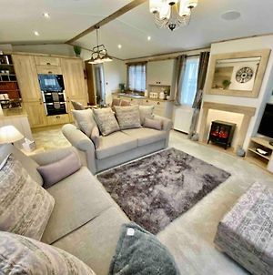 Stunning 2-Bed Holiday Lodge In Padstow photos Exterior