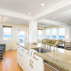 The Beach House. Oceanfront & Sunrise Views! photos Exterior