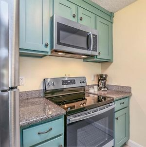 Beautifully Upgraded, Full Kitchen, Comfy King Bed, Ac Condo photos Exterior