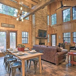 Refined Rustic Retreat With Hot Tub Near The Lake! photos Exterior