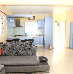 House With 2 Bedrooms In Grand Gaube With Shared Pool Terrace And Wifi photos Exterior