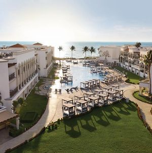 Hilton Playa Del Carmen, An All-Inclusive Adult Only Resort photos Exterior