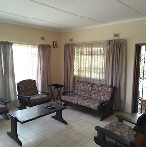 Garden Guest House 4 Bedroomed photos Exterior