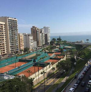 Great View And Excellent Location In Miraflores photos Exterior