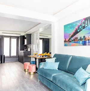 Modern And Unique Apartment Near The Champs Elysees photos Exterior