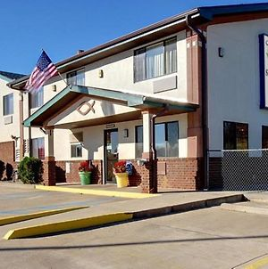 Cassville Four Seasons Inn & Suites photos Exterior