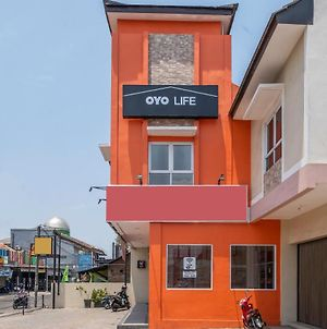 Oyo Life 1877 Side Corner photos Exterior