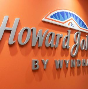 Howard Johnson By Wyndham Lima Miraflores Larco photos Exterior