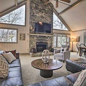 Mountaintop Wintergreen Resort Home With Deck And Views! photos Exterior