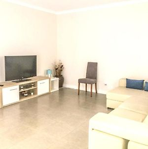House With 4 Bedrooms In Atalaia With Shared Pool Enclosed Garden And Wifi 3 Km From The Beach photos Exterior