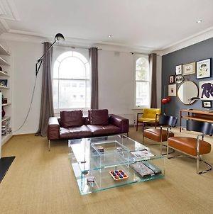 Trendy, Fun 2-Bed In Chelsea photos Exterior