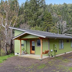 2 Bed 1 Bath Vacation Home In Gold Beach photos Exterior