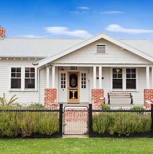 Inis Mor - New Listing In The Heart Of Apollo Bay photos Exterior