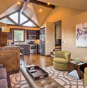Custom-Built Frisco Home With Rooftop Deck And 360 View photos Exterior