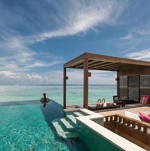 Four Seasons Resort Maldives At Kuda Huraa photos Exterior