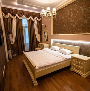 Kyiv 2Rooms Classic Vip Apartment photos Exterior