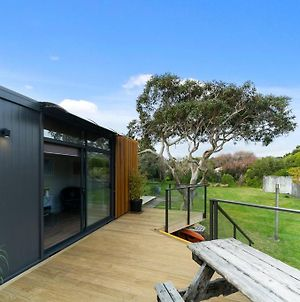 Calapso Cottage - Waikanae Beach Holiday Home photos Exterior